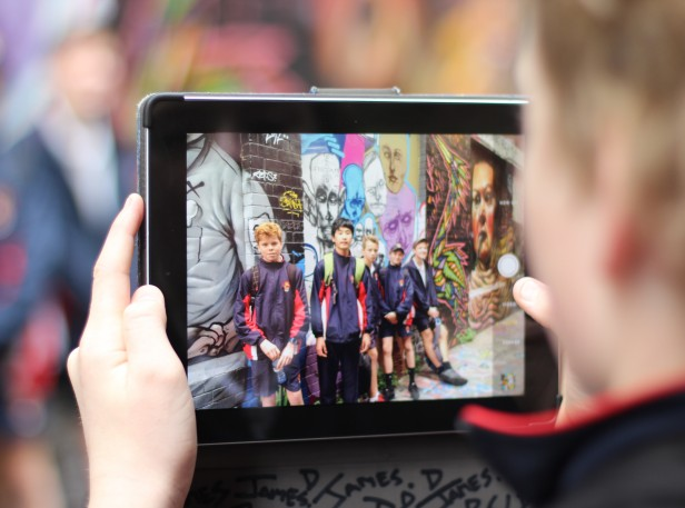 Brighton Grammar Boys using iPads on Art Excursion in the city